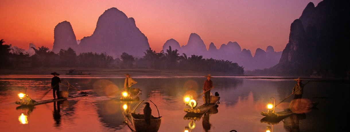 Learn about Chinese Traditional Culture, beautiful Guilin at dusk